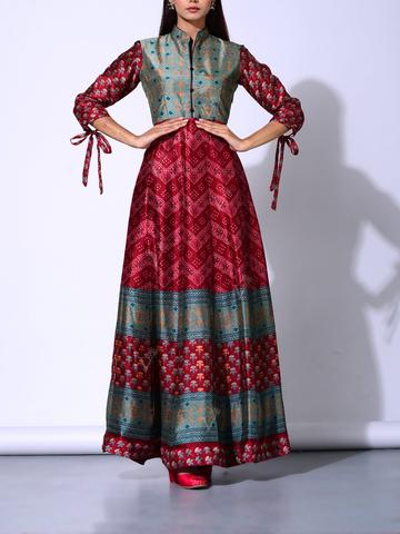 Simple Yet Stylish Anarkali Gown with Stylish Sleeves