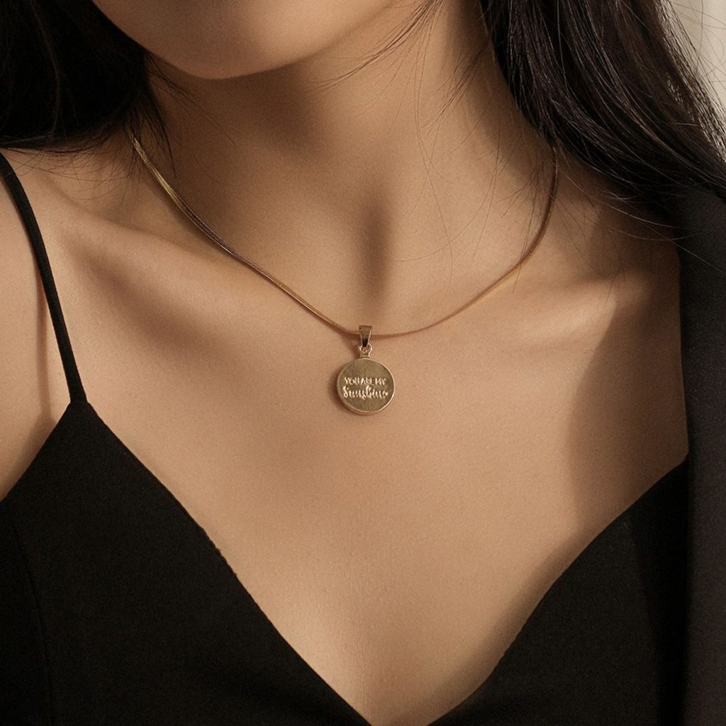 https://www.ookjewelry.com/media/catalog/product/cache/dc87e7240ff8d686751424c9f2e624ce/2/1/210324786_1_.jpg